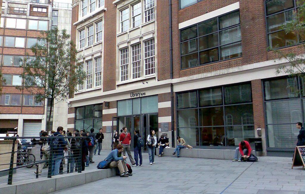 the-best-universities-in-the-uk-london-school-of-economics