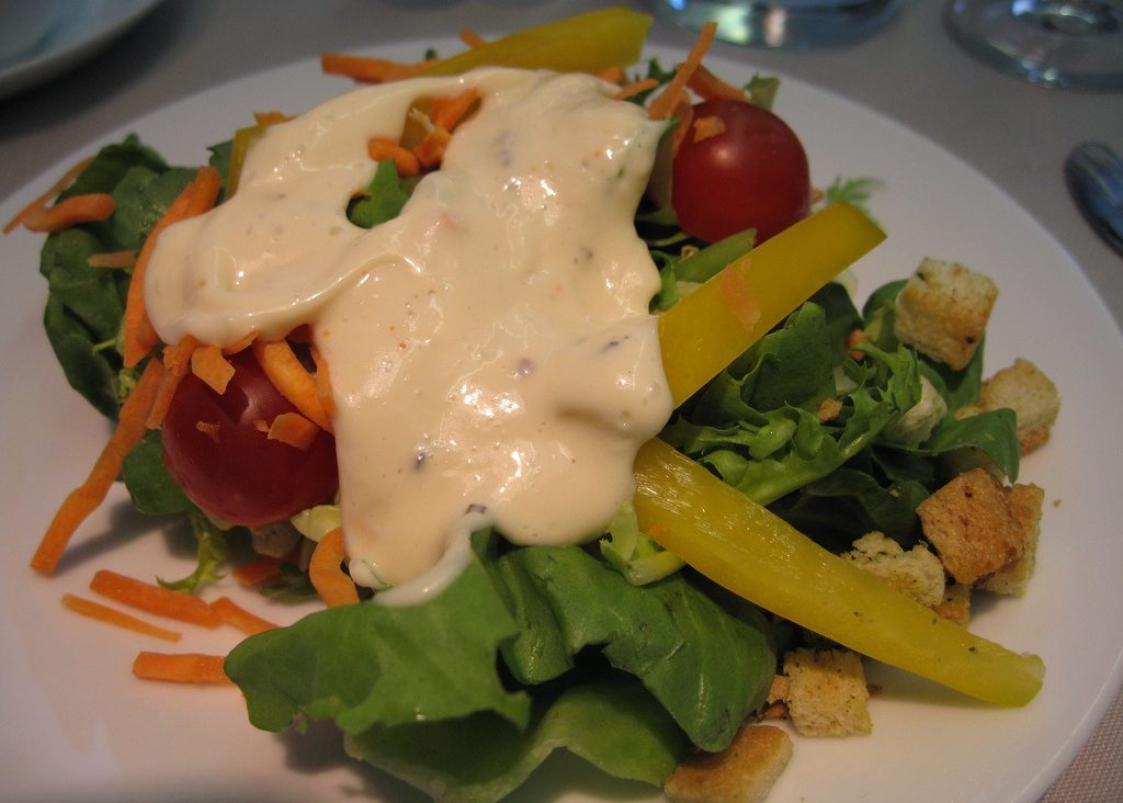 some-salad-dressings-contain-hidden-sugars