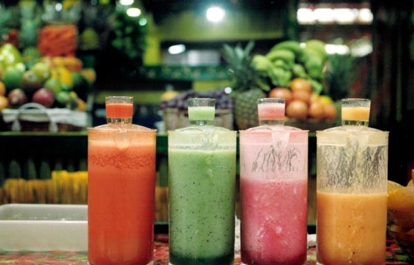 commercial-smoothies-contain-hidden-sugars