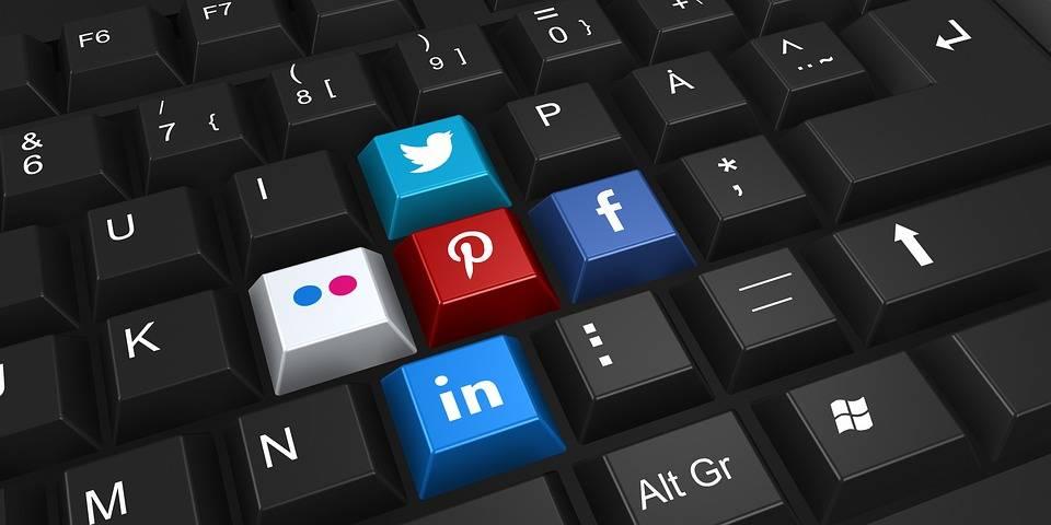 परिपक्व रोजगारी खोजी सामाजिक नेटवर्क जडानहरू