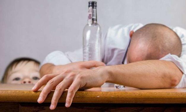 Mindfulness meditation training may help reduce heavy drinking